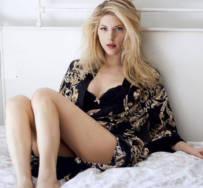 Katheryn Winnick visible dans la série Vikings est vraiment sexy en lingerie