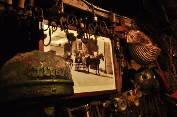 Credenza popolare - Oggetti antichi e attrezzi #marche #trad