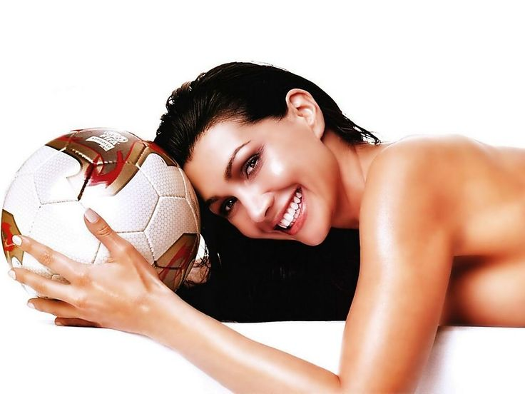 Soccer Babe Photograph: http://www.wallpaperspub.net/pre-hot-soccer-babe-2648.htm #SoccerBabe #SoccerBabewallpapers #SoccerBabephotos