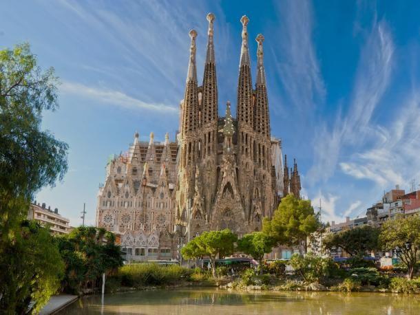 #barcelone #barcelona #барселона #чтопосетить #чтопосмотреть #достопримечательности #саградафамилия #достопримечательностибарселоны #гауди Саграда Фамилия. Длительный отпуск в Барселоне. Чем заняться? | Барселона10 - путеводитель по Барселоне