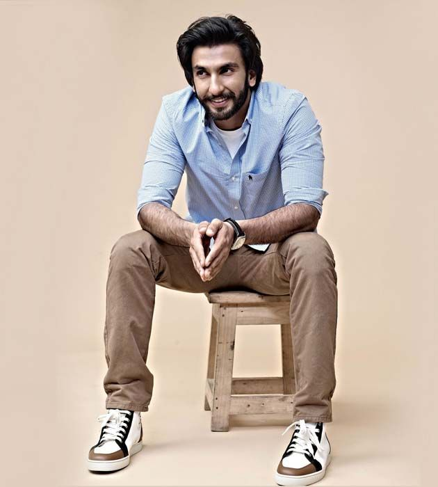#RanveerSingh: The #super hot #social dude