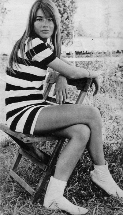 White booties. Françoise Hardy. Perfect Swinging Sixties style.