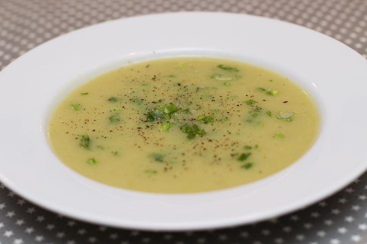 Potet- og purreløksuppe