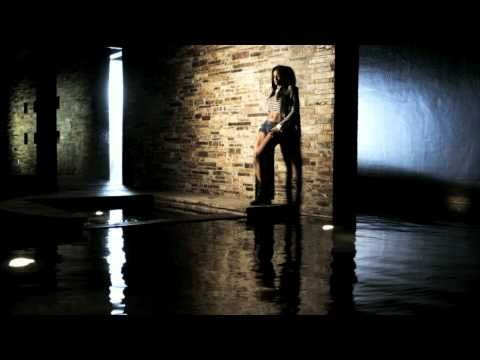 Music video by Ciara performing Speechless. (C) 2010 LaFace Records, a unit of Sony Music Entertainment