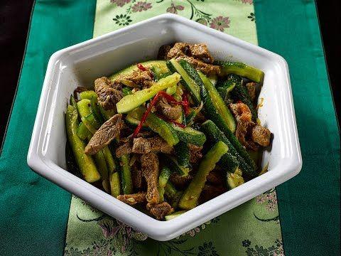 Очень простой корейский салат из огурцов и мяса с KAMIS - YouTube