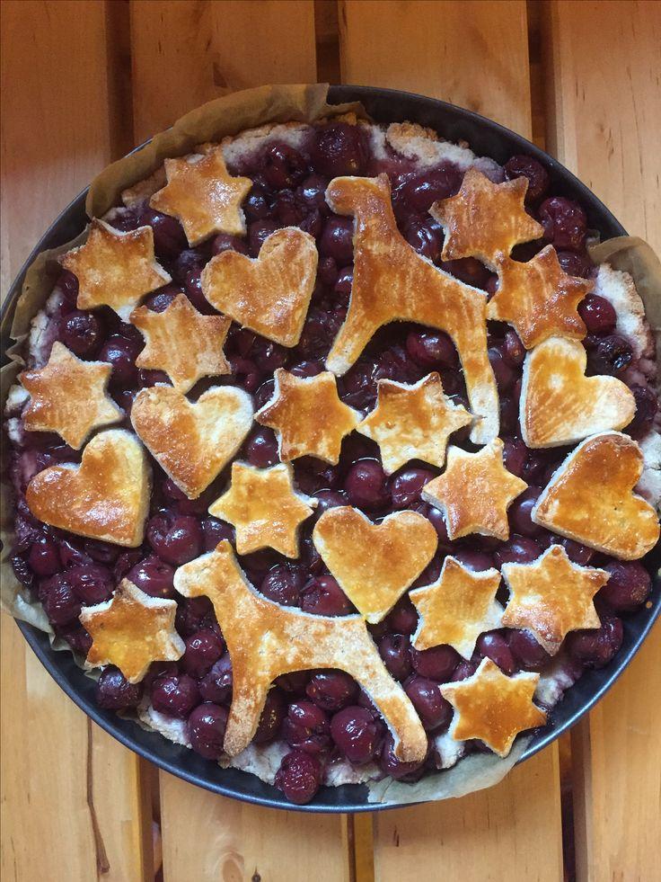 Meggyes fahéjas pite  Recept: http://www.ehezesmentes-karcsusag-szafival-blog.hu/2016/10/szafi-fitt-glutenmentes-paleo-hazi.html