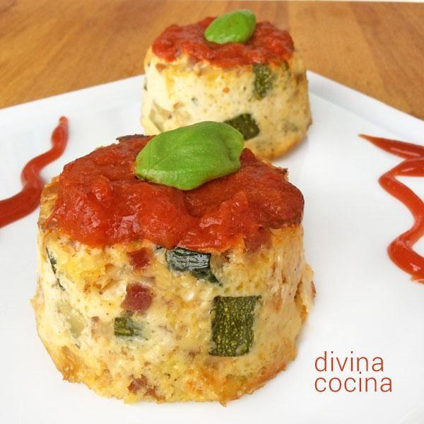 Este flan de calabacines es facilísimo de preparar. ligero y natural. Se puede tomar caliente, con una salsa de tomate, o frío, servido con mayonesa.