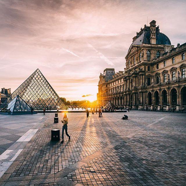 sunset vibes in Paris 💃🏻
