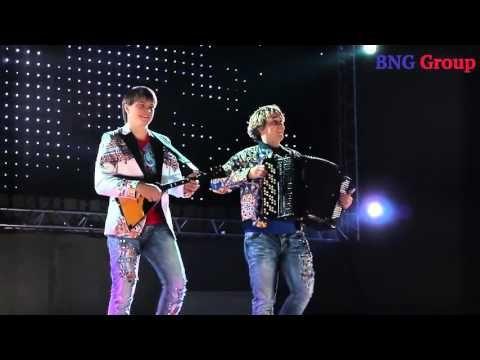 DoubleMax ДаблМакс - проморолик DoubleMax - это дуэт, основанный 30 апреля 2013 года, состоящий из двух талантливых музыкантов - студентов РАМ имени Гнесиных, двух Максимов.