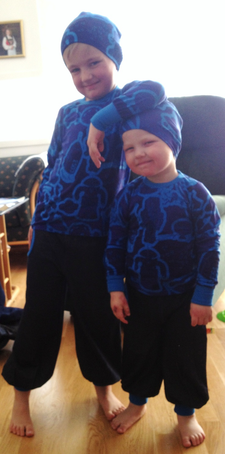 cool brothers in new outfits from Tiljamid
