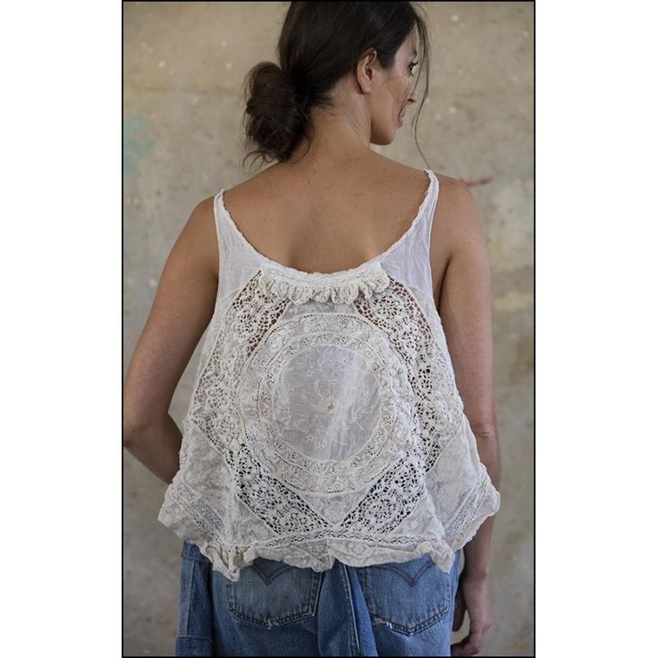 top Thalia in Grace par Magnolia Pearl chez boho-chic clothing