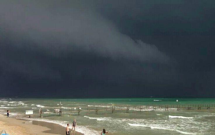 #riminispiaggia #tempesta www.hotelpolo.it