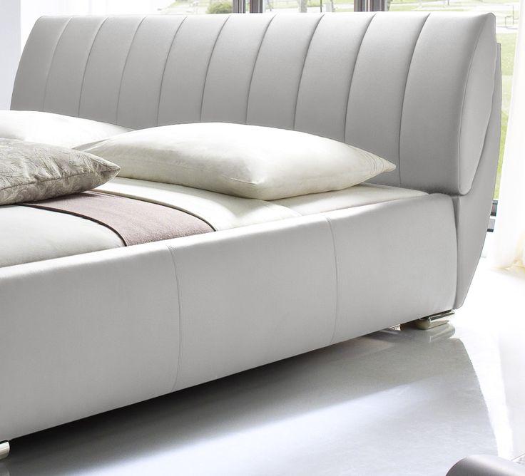 die besten 25 lederbett ideen auf pinterest wei es. Black Bedroom Furniture Sets. Home Design Ideas
