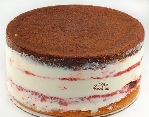 How to Fill Cakes so they're perfectly straight. by Wicked Goodies