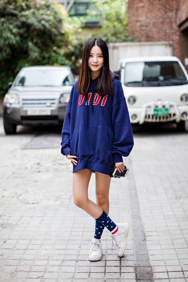 TOP | OIOI SHOES | NIKE Street Style Kim Hyeeun, Seoul
