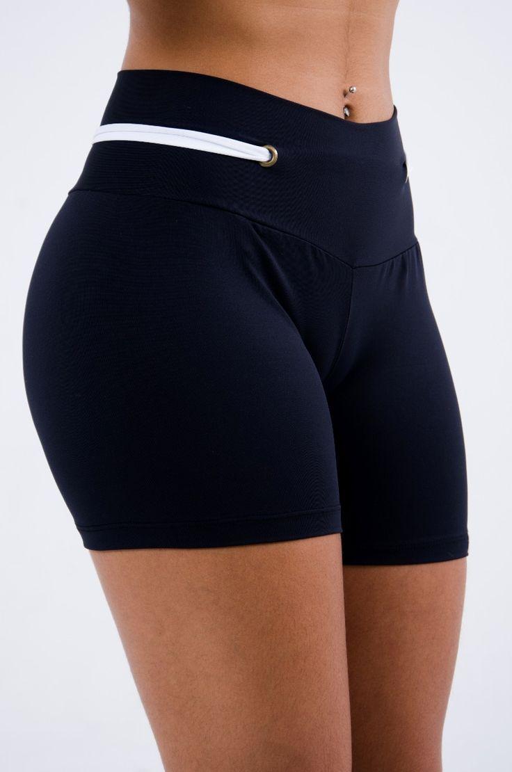 roupas de academia short curto c/ detalhe ilhós fitness liso