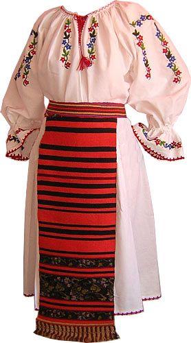 Maramures costume [Costum popular tip Someș - Virginia Linul http://www.costumepopulare.ro/wgc_media/photos/femei6.jpg; http://www.costumepopulare.ro/wgc_media/photos/femei7.jpg]