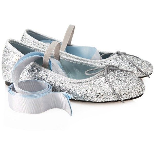 Chiara Ferragni Find Me In Wonderland Ballerina Flats ($230) ❤ liked on Polyvore featuring shoes, flats, silver, flat shoes, glitter ballet flats, ballet shoes, leather shoes and leather flat shoes