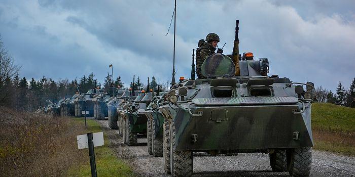 PREGĂTIRILE PENTRU CALFEX AU INTRAT ÎN LINIE DREAPTĂ! • După executarea recunoaşterilor în teren de către  militarii cu responsabilităţi în acest domeniu din cadrul detaşamentului de instrucţie participant la exerciţiul Combined Resolve V în Grafenwoehr, Germania, pregătirile pentru exerciţiul tactic multinaţional întrunit cu trageri de luptă (CALFEX) au intrat în linie dreaptă