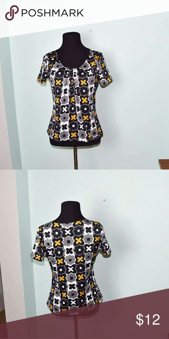 Beautiful Multi Colored Checkered Print Top In excellent condition. Silky soft, stretchy, and comfortable! Buy 3 items, get one free plus 15% off your purchase total! Tops Blouses