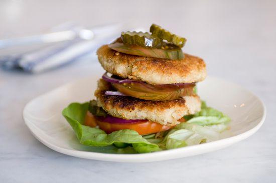 cannellini bean + quinoa burger