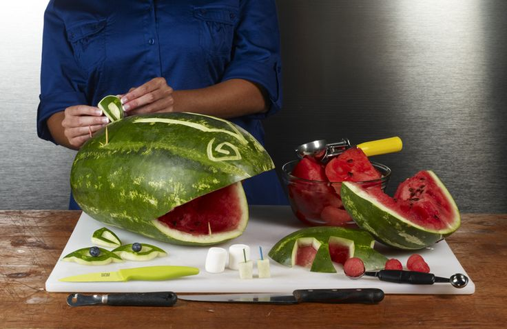hippo fruit tray | Watermelon carving is so much fun especially when you can carve Hippo ...