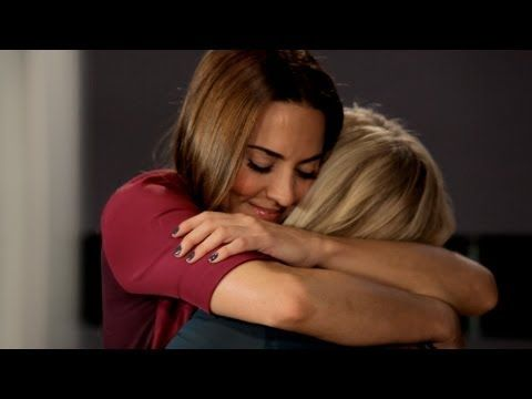 Melanie C feat. Emma Bunton - I Know Him So Well » I adore this. They've never looked better, great rendition.
