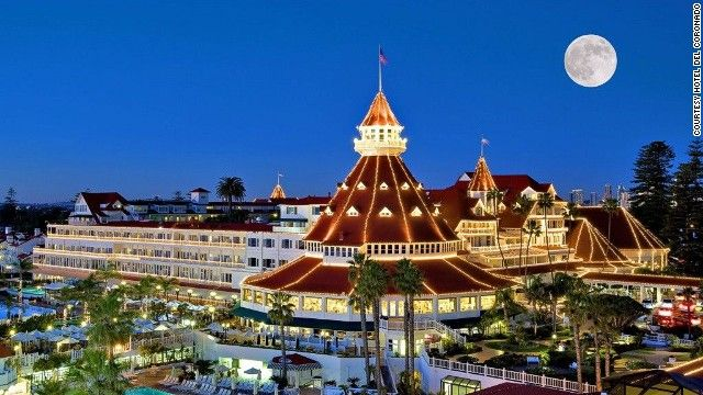 Eight Hotels that Forever Changed the Hospitality Industry: San Diego, Christmas Time, Hotel Del Coronado, Southern California, Favorite Places, Coronado Islands, Delcoronado, Holidays Lights, Sandiego