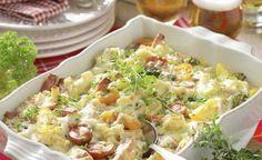 Ett recept som gör vardagsmaten både enkel och god. Bjud på en krämig gratäng med falukorv och ost.