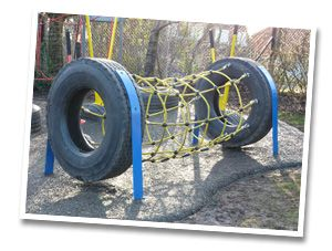 Tire tunnel with cargo net