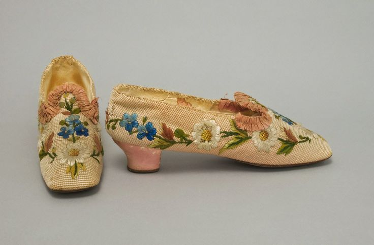 Woman's embroidered slippers, ca. 1855