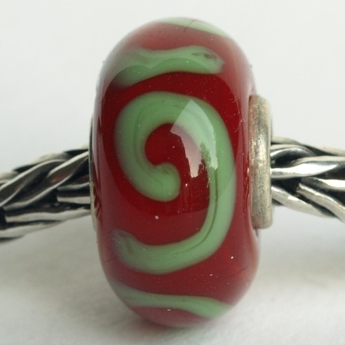 Authentic trollbeads retired trollbead unique red n green ornament