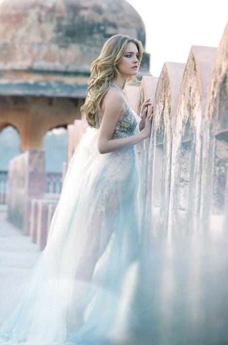 Coulisses de tournage - Natalia Vodianova, parfum de femme  https://fr.pinterest.com/lavie3725/