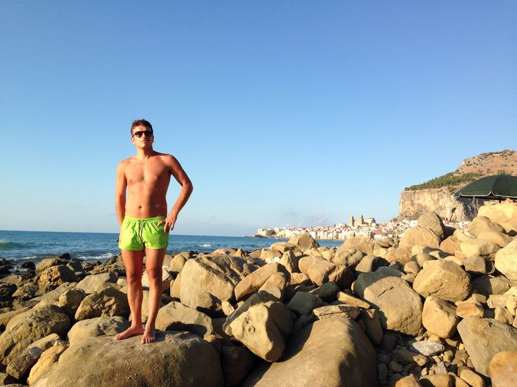 Cefalù: sea, monuments and love