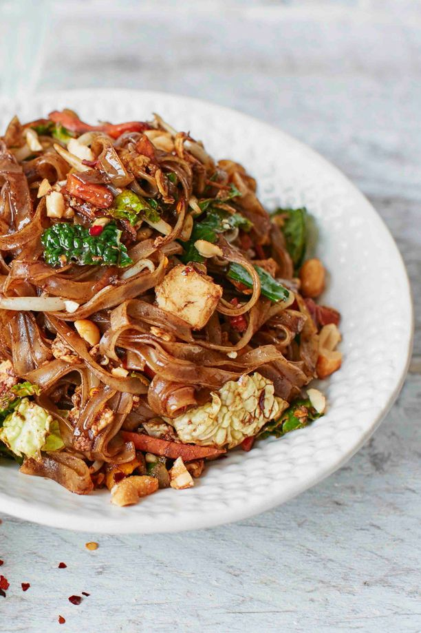 This beautiful pad Thai recipe is quick, easy and bursting with flavour thanks to sour tamarind, fiery chilli and salty fish sauce. Rustle up this simple recipe in under half an hour for a tasty midweek main. | Tesco
