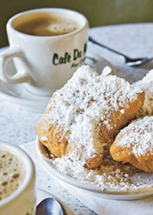 How To Make Beignets Recipe & I fell in love with these on our New Orleans trip. So good!!!