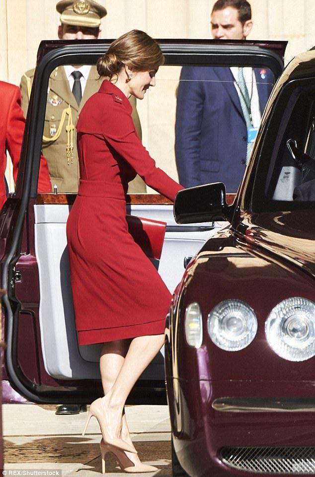 Le roi Felipe et la reine Letizia ont débuté leur visite d'état de trois jours en Grande Bretagne. Le prince Charles et la Duchesse Camilla...