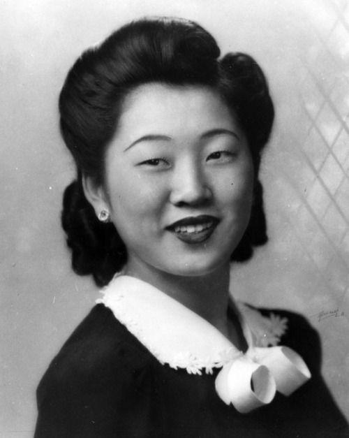 This is Linda Herr's senior portrait from Manual Arts High School in Los Angeles, California, 1942.