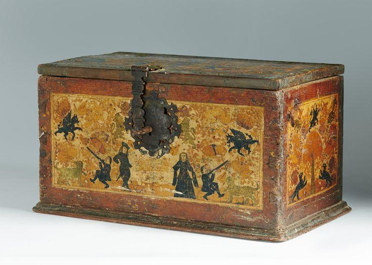 Cofre de tapa plana de barniz de pasto con escenas cinegéticas, unas cortesanas y obras fantásticas Pasto, Colombia, h.1601-1700