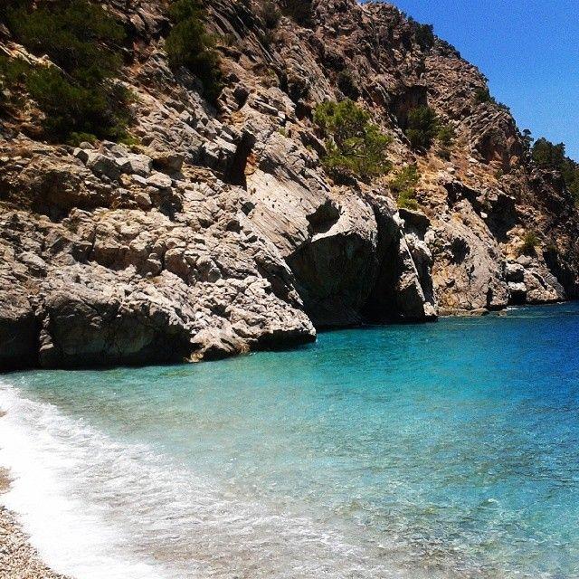 kajastudena Achata Beach Karpathos #karpathos#achata#beach#holiday#blue#water# http://instagram.com/p/qM9Ghyoc7x/?modal=true