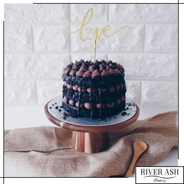 Naked Chocolate Dream Cake - River Ash Bakery - Cakes and Desserts Singapore