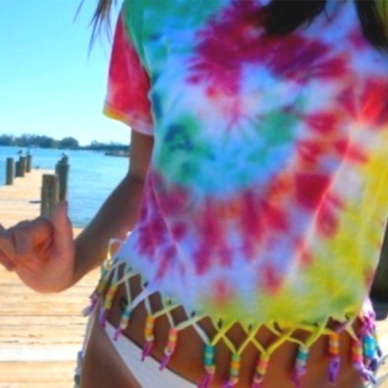 DIY tie dye beaded fringe crop top! Can't wait for the summer(: