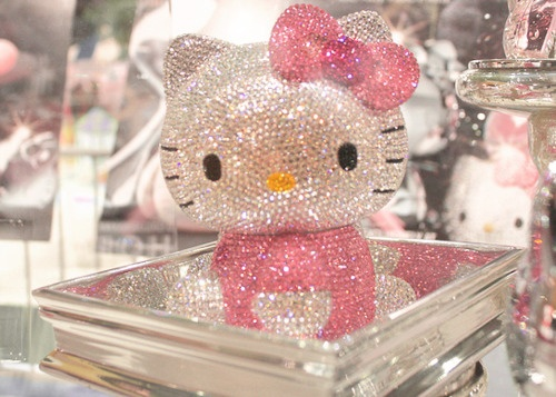 Hello Kitty BLING BLING: Kitty Obsession, Kitty Bling, Pretty Pink, Pink Things, Hello Sparkle, Swarovski Crystals, Random Pin, Hello Kitty, Bling Bling