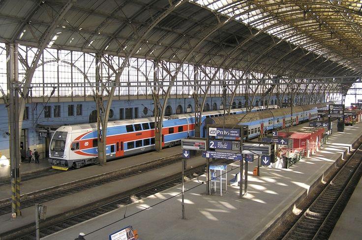 Nástupiště | Praha, Hlavní nádraží