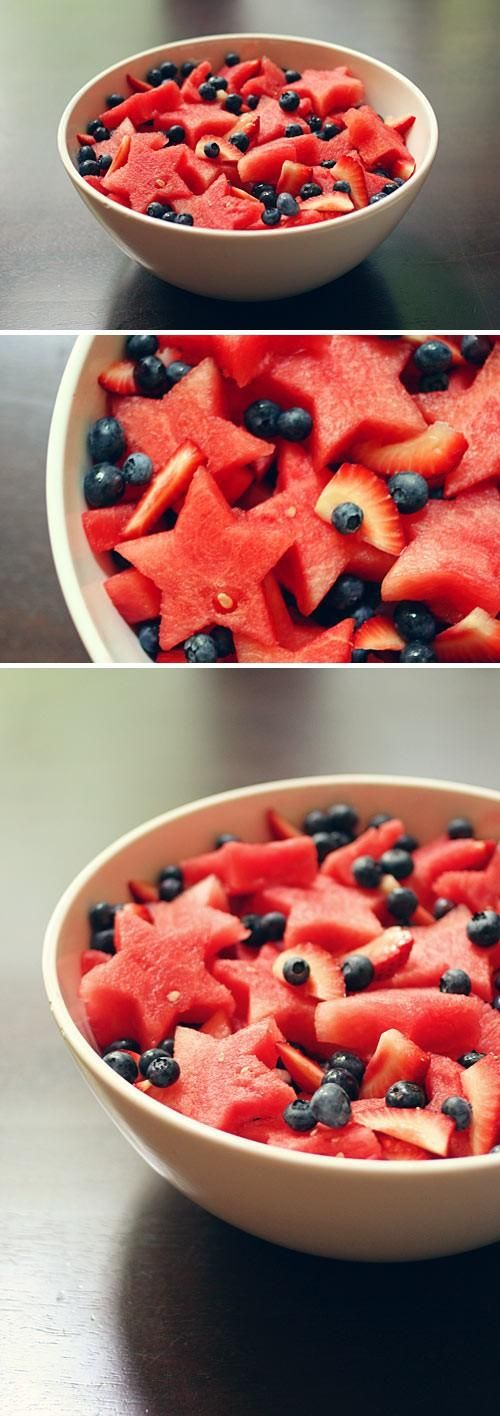 Stars and stripes fruit salad - great Memorial Day, Labor Day, Veteran's Day, or 4th of July treat