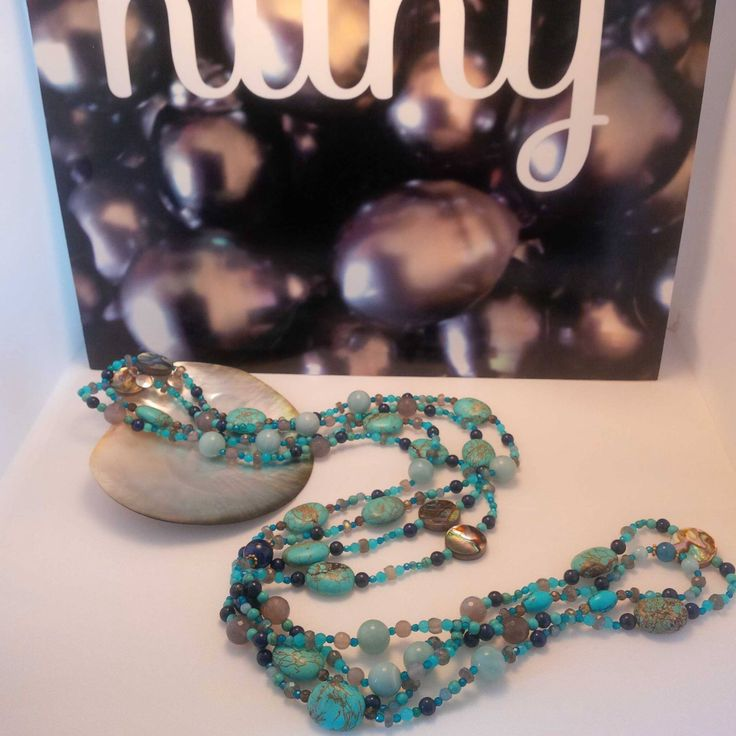 Nathalie's turquoise beaded necklace