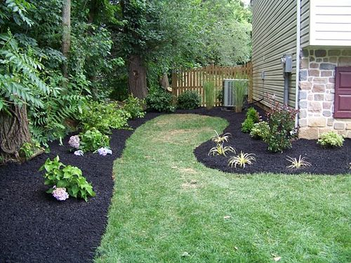 I M Considering Black Mulch For Something Different But