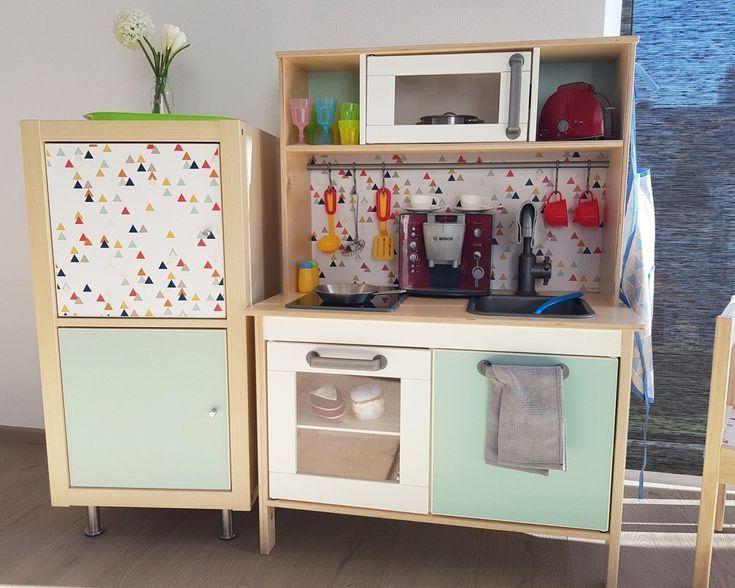 IKEA Kinderkühlschrank selber bauen: Passend zur DUKTIG Kinderküche – Daniela Zaun