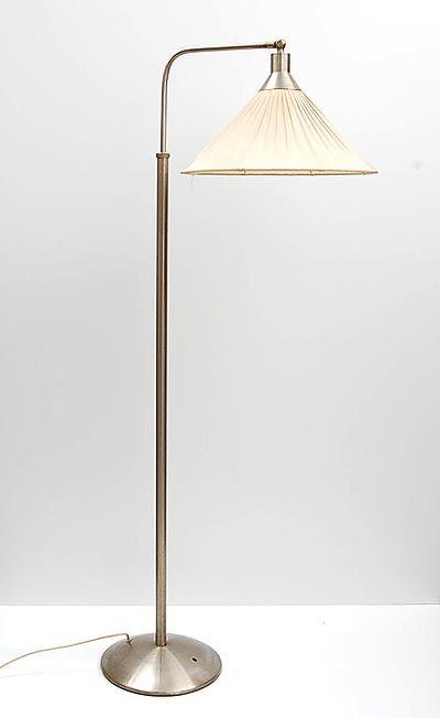 Metalen staande schemerlamp met stoffen kap in de stijl van Gispen Nederland ca.1925