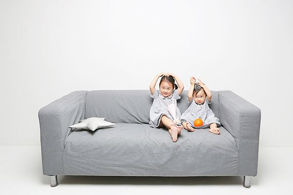 sisters photo by. wooubi studio 아기, 자매 감성사진 대전 우유비스튜디오